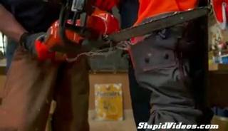 Demonstration de protection pour Scie à Chaine Chaps