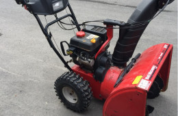 Yard Machines ( C-14 ) 600$